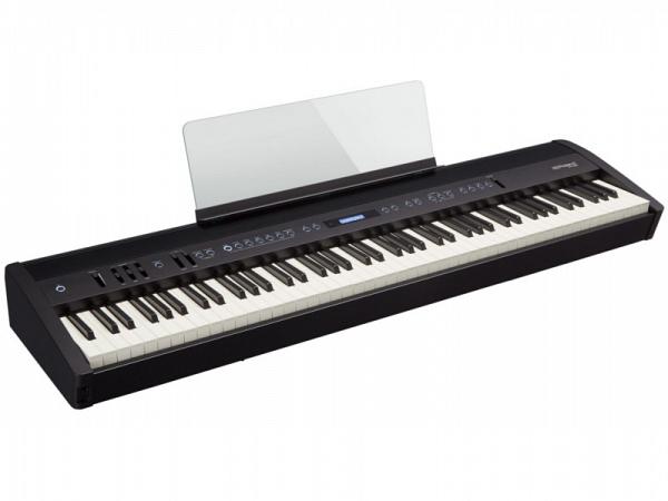PIANO ROLAND DIGITAL FP60 BKL + PEDAL TRIPLO + ESTANTE